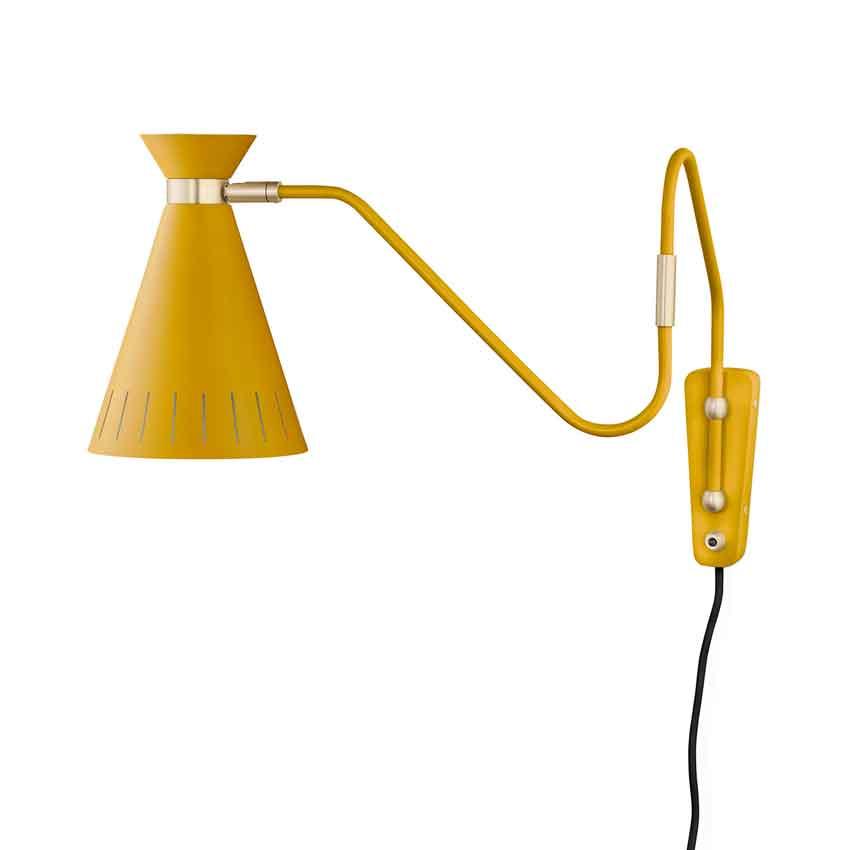 Warm-Nordic-Cone-Wandlamp-2