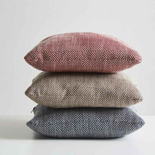 Woud-Diamond-cushion-10
