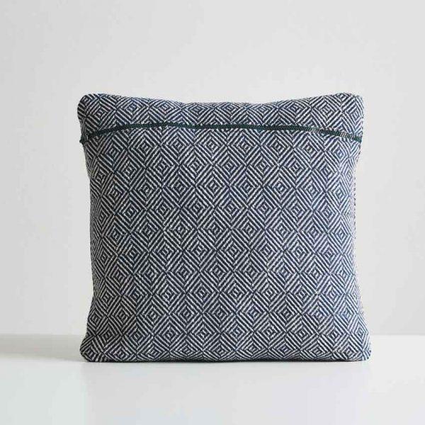 Woud-Diamond-cushion-2