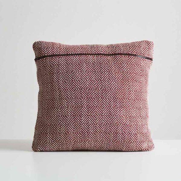 Woud-Diamond-cushion-5