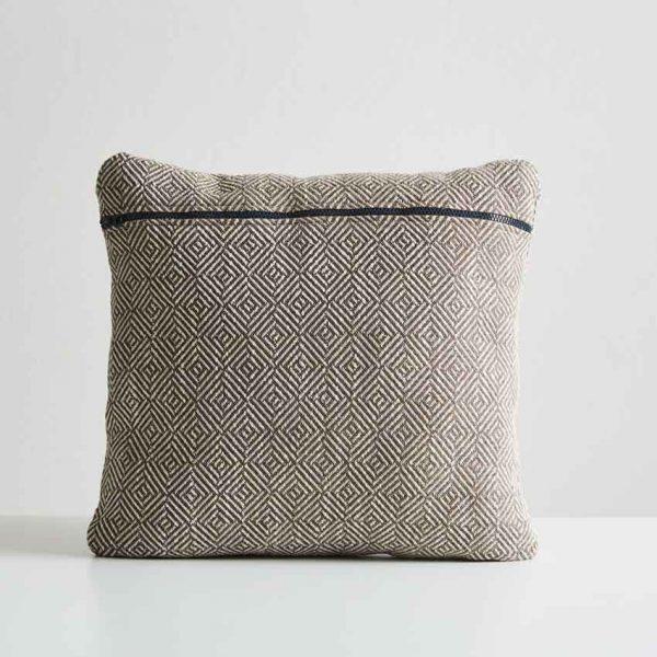 Woud-Diamond-cushion-8
