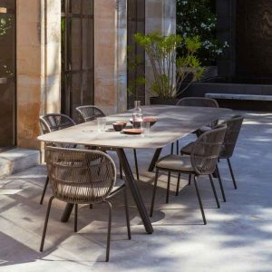 Vincent-Sheppard-Kodo-Dining-Table-3