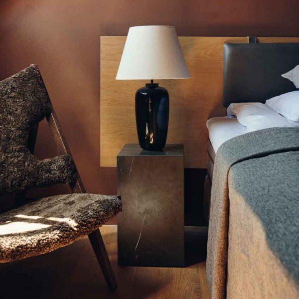 Menu-Torso-Table-Lamp,-57-1